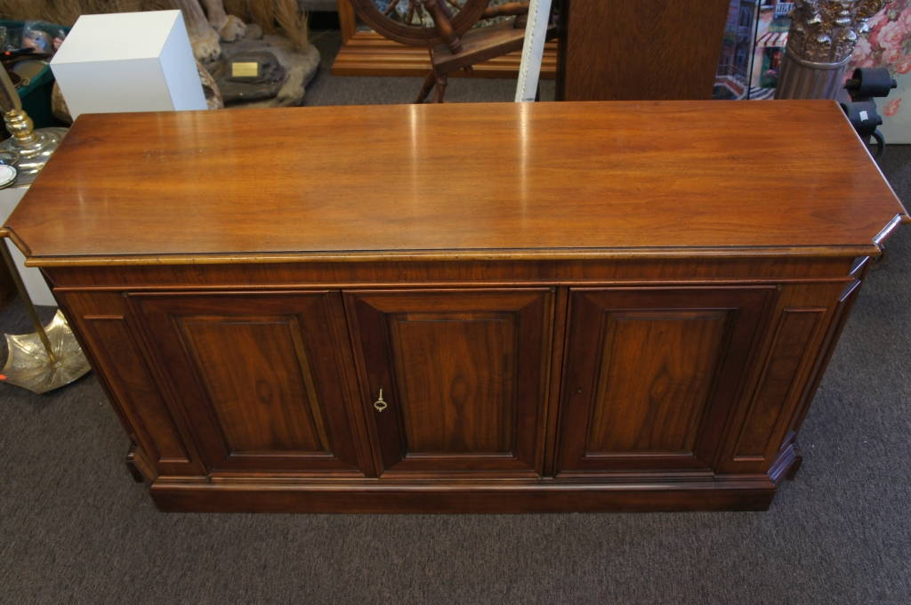 Milling Road Vintage Baker Furniture Sideboard Server Locking Buffet Credenza