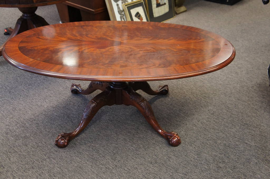 Ethan Allen Oval Mahogany Claw Foot Coffee Table Flamed Mahogany Cocktail  Vtg