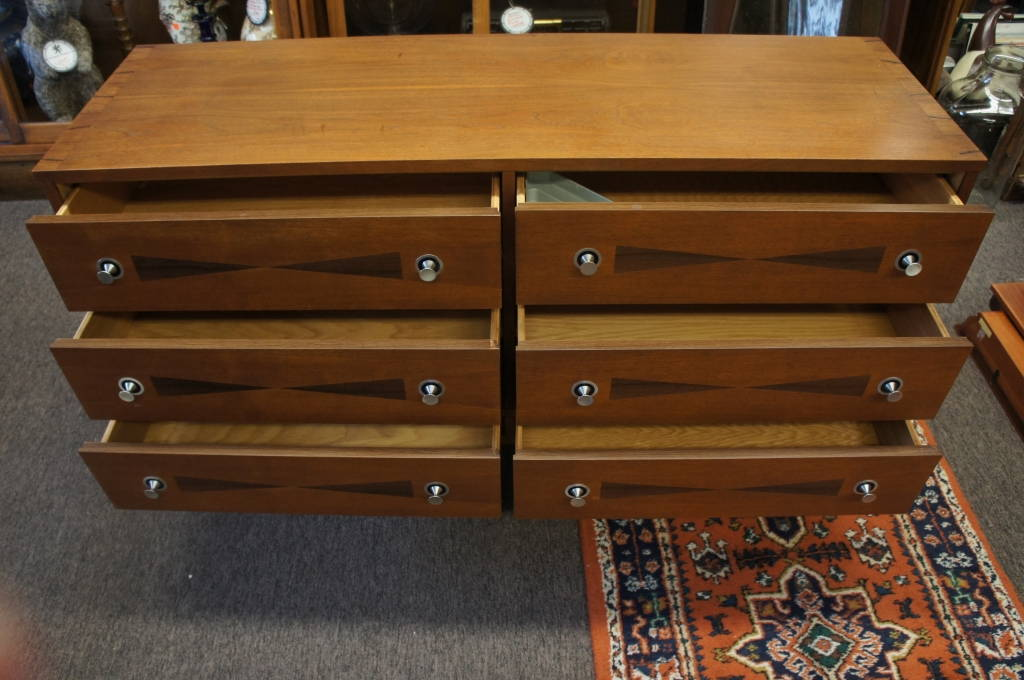 Vintage Stanley Danish Mid Century Modern Distinctive Furniture 6 Drawer  Dresser